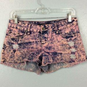 Lovesick Ladies Pink Distressed Booty Shorts Sz 3